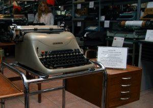 La Lexikon 80 di Giancarlo Siani all'interno del Museo della macchina da scrivere di via Menabrea a Milano.