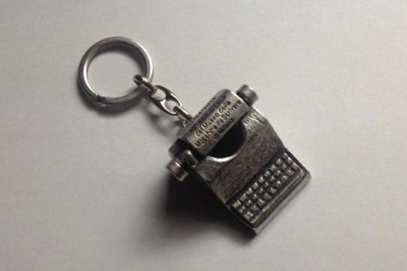 L'esclusivo portachiavi del Museo della macchina da scrivere dato in premio ai vincitori del concorso
